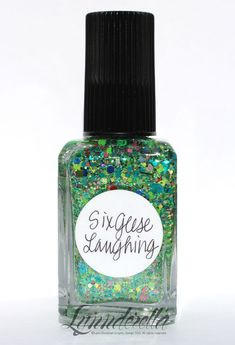 Six+Geese+Laughing+has+assorted+shades+of+green+with+a+subtle+multiglitter+accent+and+mint+shimmer.+Clear+base.+Geese+find+glitter+hilarious.