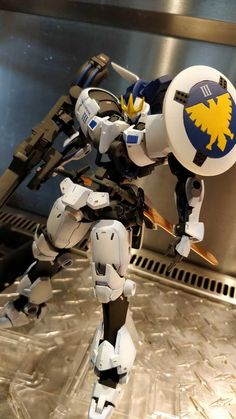 Tagged with gundam, gunpla, kitbash, modelkits, custom gunpla; Completed Build: Tallgeese 3 X Grimgerde KitBash Gundam Wing, Gundam Art, Anime Couples Manga, Cute Anime Couples, Anime Girls, Mecha Suit, Gundam Astray, Gundam Wallpapers, Gundam Custom Build
