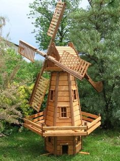 Идеи для дачи Windmill Diy, Wooden Windmill, Backyard Projects, Outdoor Projects, Wood Projects, Woodworking Plans, Woodworking Projects, Bois Diy, Wooden Garden
