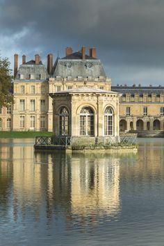 • Château de Fontainebleau