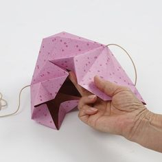 A hanging Decoration with Vivi Gade Design Paper Diamonds - Creative ideas Paper Diamond, Paper Cutting, Cut Paper, Arts And Crafts, Paper Crafts, Paper Folding, Decoration, Holiday Decor, Creative