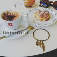 La colazione insieme  Credo sia un rito meraviglioso È come dire non so se in questa giornata sarò con te ma è con te Che voglio iniziarla  ❤☕ Nuova collezione bracciali www.memelabblog.com