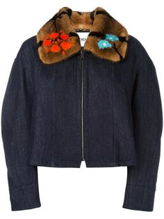 Shop Fendi fur collar denim jacket in Liska from the world's best independent boutiques at farfetch.com. Shop 400 boutiques at one address.