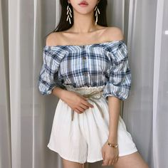 or doesn't own any photosall credit to owners. Korean Fashion Ulzzang, Korean Fashion Dress, Fashion Dresses, Party Fashion, Ootd Fashion, Style Fashion, Uzzlang Girl, Daily Look, Party Dress
