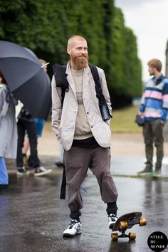 After Kenzo Street Style Street Fashion Streetsnaps by STYLEDUMONDE Street Style Fashion Blog