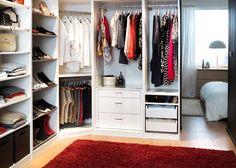Corner Closet...perfect for staying FRAICHE.
