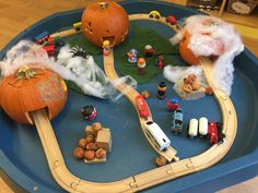 Eyfs Activities, Nursery Activities, Creative Activities For Kids, Halloween Activities For Kids, Toddler Activities, Theme Halloween, Halloween Math, Holidays Halloween, Halloween Crafts
