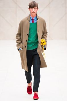 Burberry, menswear Loving a man in red shoes - do it like they do in Venice!!!