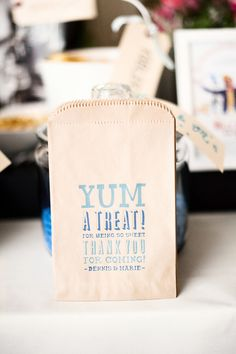 favor bags for stowing treats  Photography by http://justinmarantz.com
