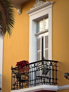 Beautiful balcony in Madrid Spain Gran Canaria Hotel, House Window Design, French Balcony, Roof Design, Closed Doors, Canary Islands, Wainscoting, Exterior Paint, House Painting