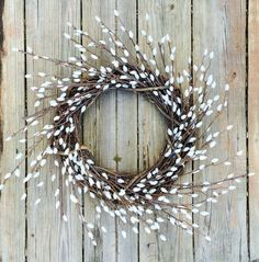 Outdoor Wreaths: How to Make a Pussy Willow Wreath. Natural and organic wreaths are beautiful this time of year! Easy tutorial shows you how. #wreath #DIY #tutorial