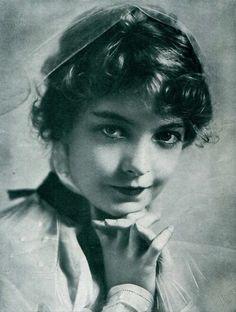 Lillian Gish, 1915                                                                                                                                                                                 More
