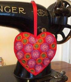 Red Embroidered Hanging Heart £5.50