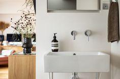 Bathtub, Vanity, Bathroom, Standing Bath, Dressing Tables, Washroom, Bathtubs, Powder Room, Bath Tube