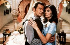 Roger Moore and Maud Adams (Octopussy - 1983)