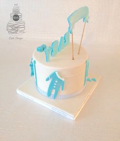 Communion, Baby Shower, Cake, Desserts, Food, Pie Cake, Meal, Baby Sprinkle, Cakes