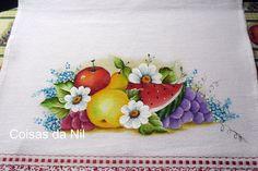 frutas pintadas em pano de copa