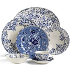Beautiful country blue dishes - LOVE!!