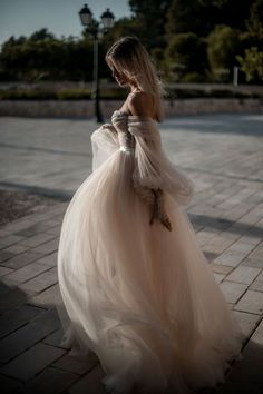 Whimsical and romantic, the is a magical Galia Lahav couture wedding dr., Whimsical and romantic, the is a magical Galia Lahav couture wedding dr. Princess Style Wedding Dresses, Long Wedding Dresses, Boho Wedding Dress, Wedding Gowns, Wedding Venues, Wedding Girl, Wedding Dreams, Trendy Wedding, Luxury Wedding