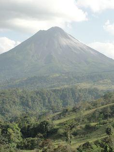 Costa Rica, Arenal Volcano (honeymoon)