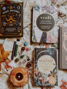 You Want To Be a Witch? A Beginner's Guide to Becoming a Witch. The Best Resources, Books, Supplies and Apps for Modern Witchcraft. Wiccan, Magick, The Craft Movie, Witchcraft Books, Witchcraft For Beginners, Baby Witch, Modern Witch, Book Challenge, Witch Aesthetic