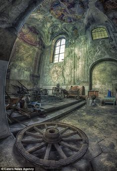 memories to the past [link] Abandoned Castle - (PL) 2013 My FB: [link] © Copyright Info All material in my gallery may not be reproduced, copied, edited. memories to the past Abandoned Buildings, Abandoned Property, Old Abandoned Houses, Abandoned Castles, Abandoned Mansions, Old Buildings, Abandoned Places, Old Houses, Images Gif