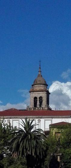Vista de la Torre de las Campanas de la Catedral de Ourense, desde la Alameda - Vista da Torre das Campás da Catedral de Ourense, dende a Alameda