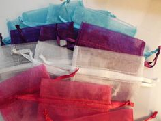50 Gorgeous Organza 3x4 bags. Starting at $5 on Tophatter.com!