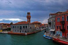 Recorrido por las islas de la Laguna Veneciana: #Murano, #Burano y #Torcello. http://www.guias.travel/blog/recorrido-por-las-islas-de-la-laguna-veneciana-murano-burano-y-torcello/ #turismo #Venecia