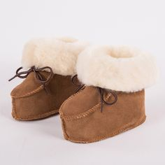 Cute Baby First Walkers Winter Baby Fleece Warm Shoes Newborn Infants Classic Soft Sole Stickers Floor Boots Feet Prop Shoes Baby Shoes Mother & Kids