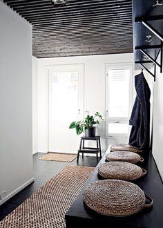 More often than not, your home's entryway is the place that sends you off to tackle your day. Use these tips to create a stunning entryway. Interior Architecture, Interior And Exterior, Deco Zen, Diy Furniture Cheap, Furniture Ideas, Entry Hallway, Black Hallway, Hallway Ceiling, Interior Design Inspiration