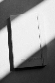 Moreskin × Maison Martin Margiela|VOGUE JAPAN
