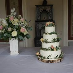 Our signature wedding cake - buttercream and olive leaves:) Buttercream Wedding Cake, Wedding Cakes, Desserts, Leaves, Food, Wedding Gown Cakes, Tailgate Desserts, Wedding Pie Table, Dessert
