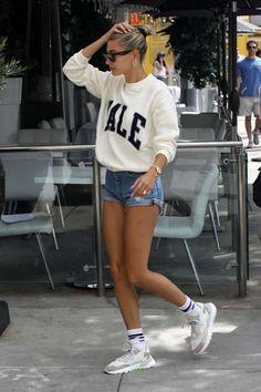 Look Fashion, Fashion Outfits, High Fashion Style, 70s Fashion, Fashion Clothes, Fashion Design, Mode Cool, Looks Pinterest, Modelos Fashion