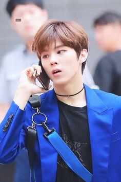 looks so busy 😂 Love U Forever, Kim Dong, Korean Boy Bands, Eric Nam, Mini Albums, I Am Awesome, Entertainment, Fandom, Kpop