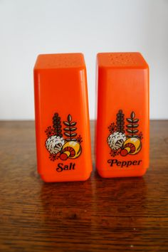 retro orange salt and pepper shakers mushrooms by gleaned on Etsy