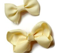 Shop for on Etsy, the place to express your creativity through the buying and selling of handmade and vintage goods. Cream Hair Bows, Baby Bows, Grey And White, Hair Clips, Toddler Girl, Stylish, Trending Outfits, Simple, Unique Jewelry