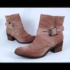 New boots Beautiful boots. Donald J. Pliner Shoes