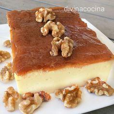 Esta tarta de quesitos y membrillo siempre sale bien si respetas las cantidades de la receta. Tiene mucho sabor a queso y puedes cambiar la cobertura a tu gusto poniendo mermelada de frutos rojos, miel y frutos secos o simplemente unas uvas cortadas por la mitad cubriendo toda la tarta.