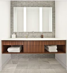 Another nice bathroom, I like this one better!