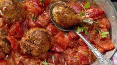 Low Carb Rezepte: Hähnchen-Paprika-Topf mit würziger Joghurtsauce
