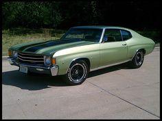 1972 Chevrolet Chevelle original looking v8 good interior (green) | Mecum Auctions sold 16k