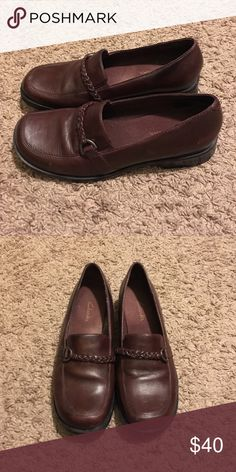 Make me an offer Their clarks!!!!!!! Clark dress shoes barely worn Clarks Shoes