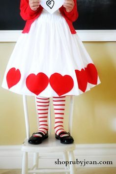 awww this would be sooo cute! for my granddaughter on valentine's day when she is in kindergarten.