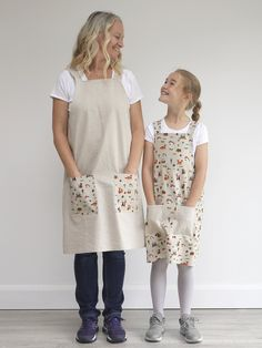Excited to share this item from my #etsy shop: Ladies Apron / Pinafore / Smock / tunic in beige cotton with woodland creature print pockets Japanese Apron, Childrens Aprons, Star Blanket, Apron Pockets, Kids Apron, Pocket Cards, Cow Print, Woodland Creatures, Make And Sell