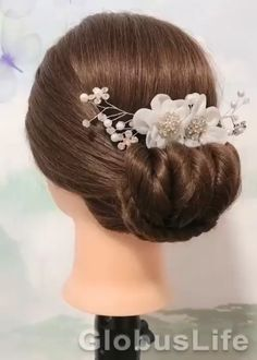 Short Hair Makeup, Blonde Hair Makeup, Bun Hairstyles For Long Hair, Braided Hairstyles, Prom Hairstyles, Medium Hair Styles, Curly Hair Styles, Elf Hair, Hair Style Vedio