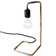 The minimalistic but interesting Tribeca series by Menu is a mix of pendats, wall lamps and table lamps, all inspired by the New York City glamour of the late 1930s. All the Tribeca lamps are a combination of the elegant details and glamorous feel and they are made of solid brass.