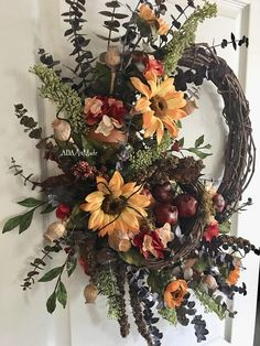 Rustic Sunflower Wreath MADE to ORDER~Autumn Wreath Designer Floral~Tuscan Wall Decor~Silk Flower Naturals~Front Door Wreath~Farmhouse Decor - Hochzeit Diy Fall Wreath, Holiday Wreaths, Tuscan Wall Decor, Sunflower Wreaths, Deco Floral, How To Make Wreaths, Door Wreaths, Autumn Wreaths For Front Door, Dried Flowers
