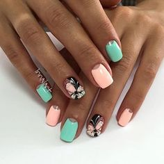 Is it possible to make a moon manicure at home? What are the options for the moon manicure? May Nails, Love Nails, Pretty Nails, Nail Art Design Gallery, Best Nail Art Designs, Nailed It, Butterfly Nail Art, Fabulous Nails, Nail Arts