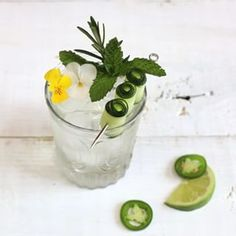 5 Smart Takes on the Gin & Tonic to Make Right Now Rye Whiskey, Irish Whiskey, Tonic Water, Gin And Tonic, Japanese Whisky, Orange Twist, Fruit In Season, Craft Cocktails, Bloody Mary